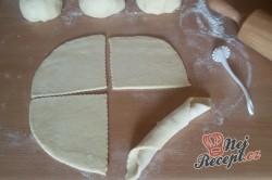 Příprava receptu Sladké snídaňové rohlíky, krok 8