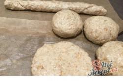 Příprava receptu Voňavé domácí špaldové rohlíky, krok 2