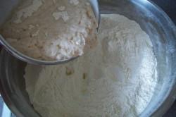 Příprava receptu Nejlepší kynuté rohlíčky - Klausovy rohlíčky (FOTOPOSTUP), krok 2