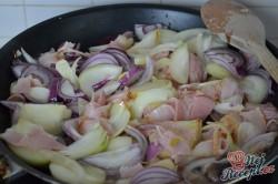 Příprava receptu Cibulový koláč z listového těsta, krok 1