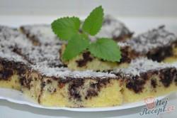 Příprava receptu Kefírová děrovaná buchta s kokosem, krok 7